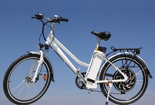 Elektrofahrrad mit Erfahrung - Citybike weiss elektrisch