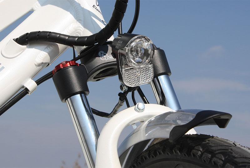 Elektrofahrrad mit Erfahrung - Citybike CEB01 Federgabel mit LED Licht