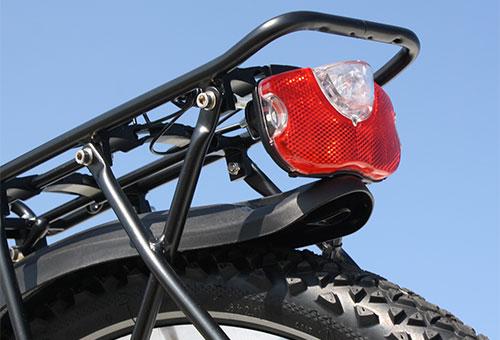 Elektrofahrrad mit Erfahrung - Mountainbike MEB01 Gepäckträger und Kotschützer